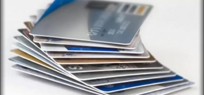 Avoid Credit Card Fraud This Holiday Season