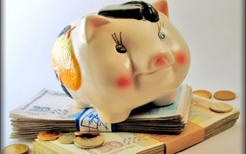 6 Tips to Save Money in 2013
