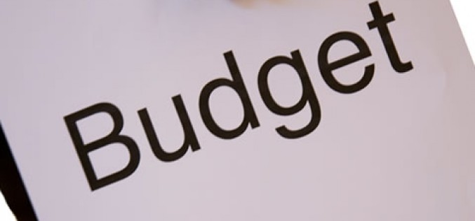 Budgeting Tips: How to Know When to Spend and When to Save