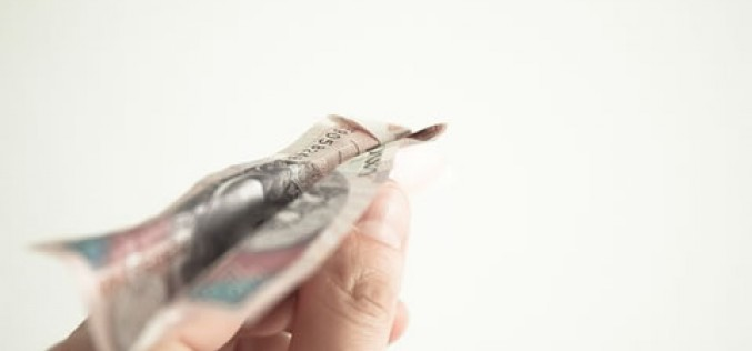 5 Warning Signs You Might Be in Financial Trouble