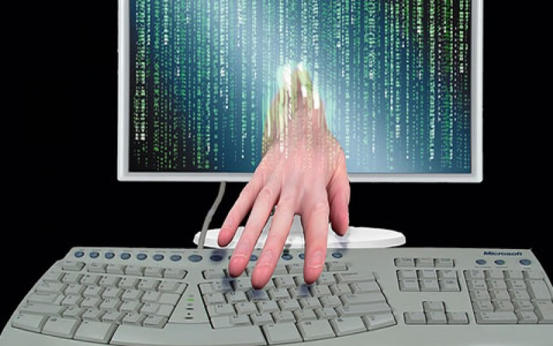 Protecting Yourself From Identity Theft in Social Media and Banking
