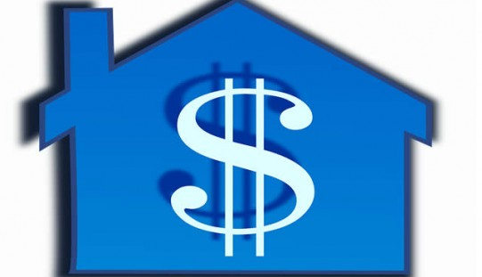 Pros and Cons of Using a Home Equity Loan to Fund College