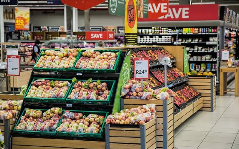 <span>Weekly Tip May 08:</span> Seven Tips to Save Money on Groceries