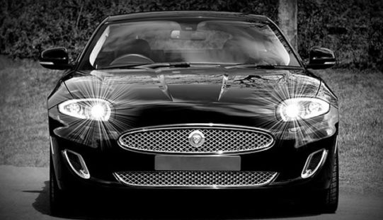 How to Save Money While Buying Luxury Cars?