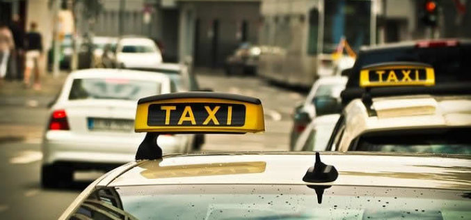 6 Benefits That You Can Get While Hiring Maxi Taxi & Cab