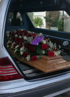 4 Ways Families Can Save on Funeral Expenses