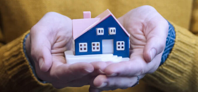 How is the 2020 Economic Climate Affecting the Housing Market?