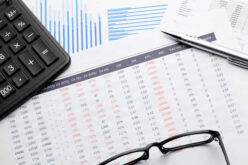 How Small Business Owners Can Track Their Spending and Saving Effectively