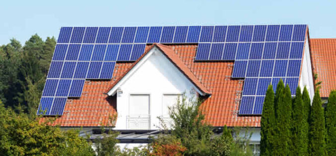 5 Economic Benefits of Going Solar